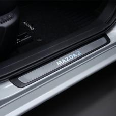 Mazda2 - Dorpel beschermers verlicht - vanaf 2015
